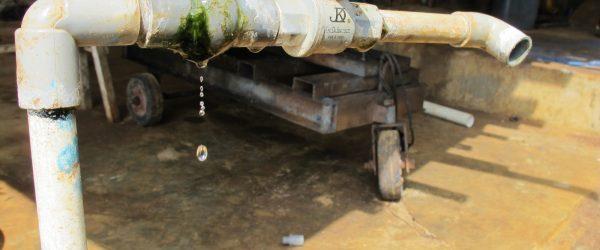 水道配管の水漏れはDIYでも直せる!3つの調べ方と5つの修理方法